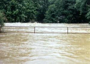 Kamenné hráze a valy mají zabránit povodni. Akce za 70 milionů se začne za dva roky